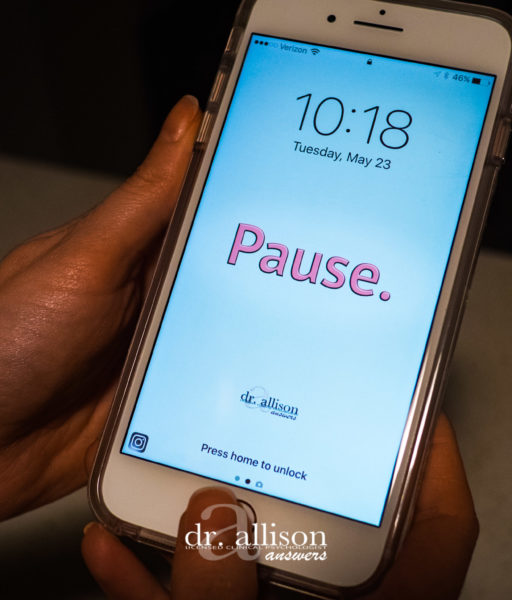 An Easy Reminder to Pause (Plus a Freebie for You!)